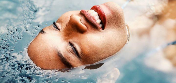 Qu'est-ce que le rêve de bain signifie en Islam.